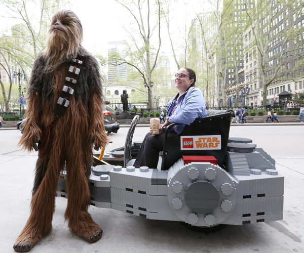 Millennium Falcon Pedicab Cruises Around NYC