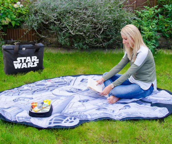 Millennium Falcon Picnic Blanket May Not Look Like Much