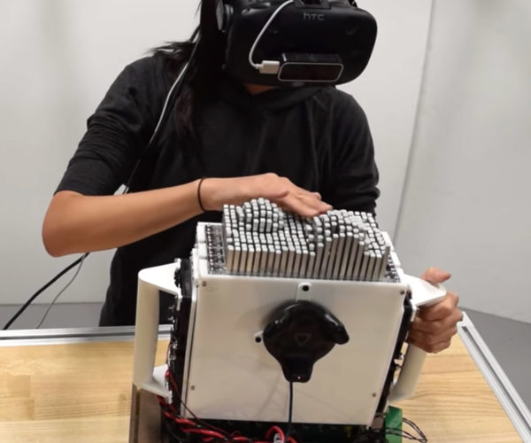 This Robot Lets You Feel Virtual Objects