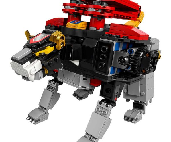 Hobby Store San Diego >> LEGO Voltron Defends the Blocky Universe