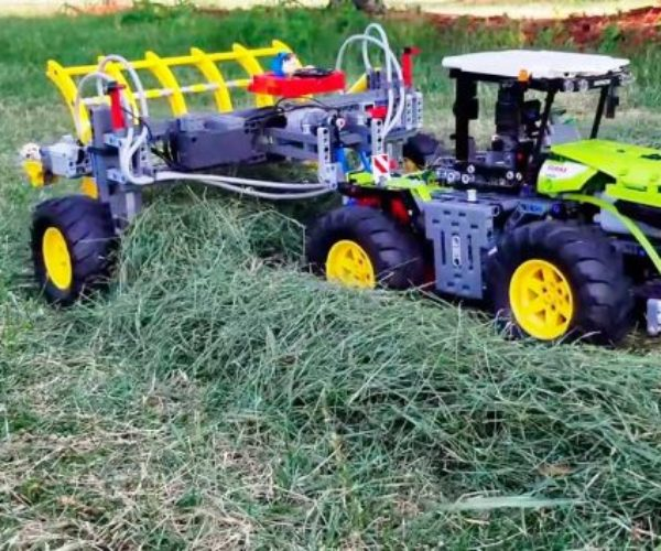 This LEGO Technic Farm Machines Rake Hay