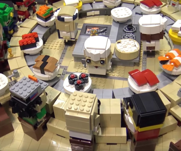 LEGO Sushi Conveyor Model: Everything Is Awesome with Wasabi