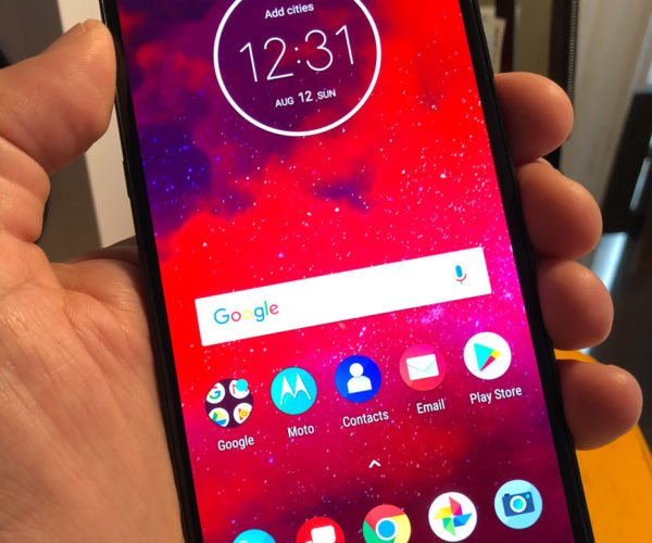 Motorola Moto Z3 Hands-on Review: Great Now, Even Better in the Future