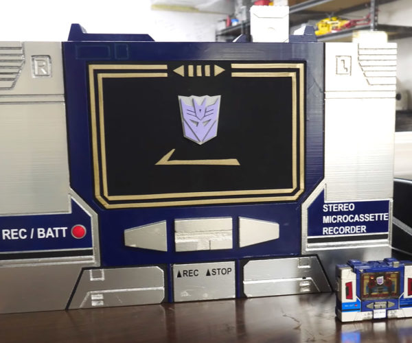 Guy Makes a Giant-sized Soundwave Boombox