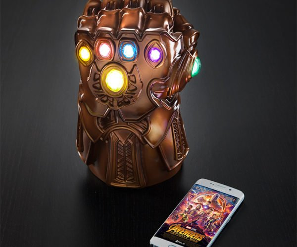 Infinity Gauntlet Mood Lamp Lights up Your Desk in a Snap