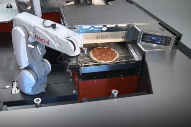Toyota Bikin Robot Pembuat Pizza
