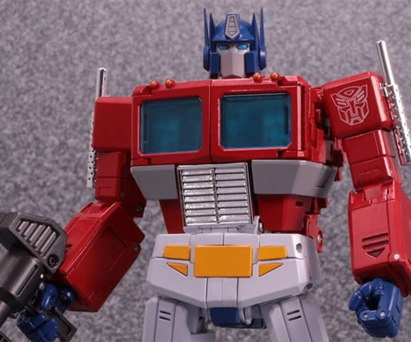 Transformers Masterpiece Edition MP-44 Optimus Prime is Perfectly '80s
