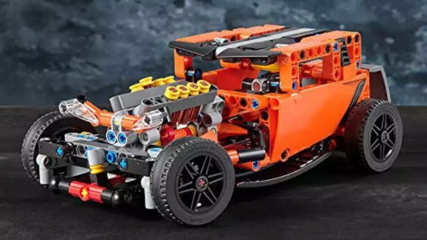 LEGO Technic Corvette ZR-1 Doubles as a Hot Rod