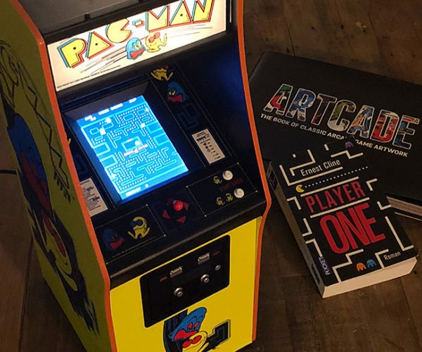 1/4-Scale Pac-Man Arcade Machine Needs No Quarters