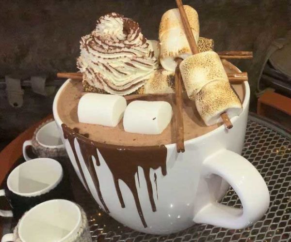 New York Hotel Makes 20-Pound Hot Chocolate