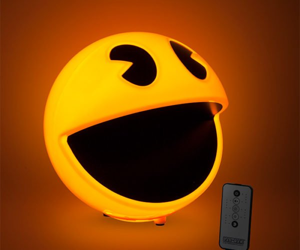 Pac-Man Lamp Makes the Waka-Waka-Waka Sound