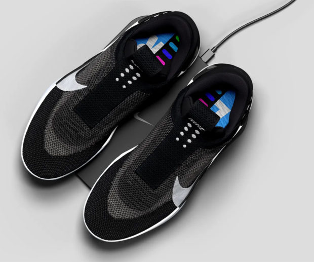 Nike Adapt Bb Self Lacing Shoes Are Packed With Tech