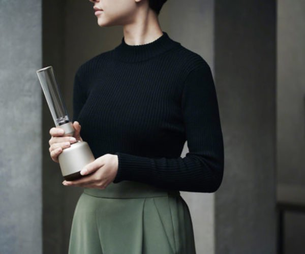 Sony's Glass Sound Speaker Looks Like a Light-up Bong