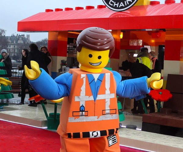 London Gets a LEGO Coffee Shop