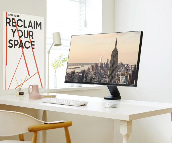 Samsung Space Monitor Saves Desk Space, Looks Great