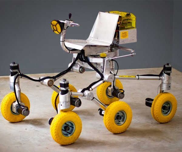 Dad Builds Working Mars Rover for His Son