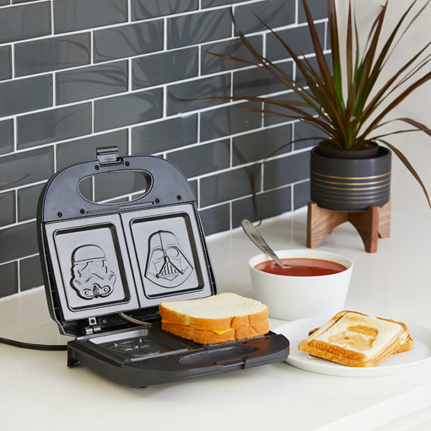 Star Wars Panini Press: The Dark Side of the Sandwich