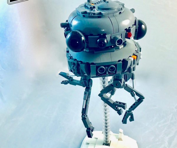 LEGO Probe Droid Ready to Alert the Empire to Your Presence