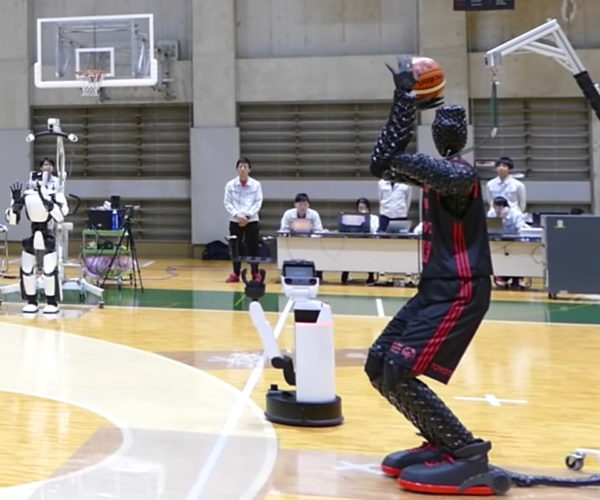 Toyota Shows off Basketball-shooting Robot