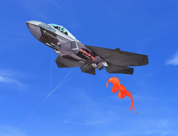F-35 Fighter Jet Kite Feels the Need for Speed