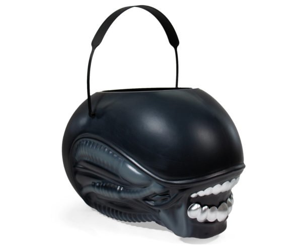 Alien Trick or Treat Bucket: Now Gimme Some Candy!
