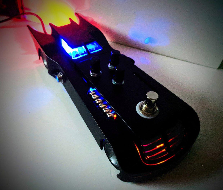 the batmobile guitar effects pedal dunna nunna nunna nunna batman. Black Bedroom Furniture Sets. Home Design Ideas
