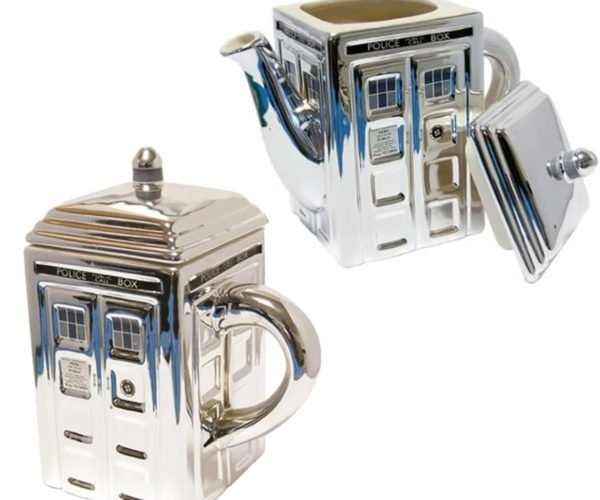 This TARDIS Teapot and Mug Are Shinier on the Outside