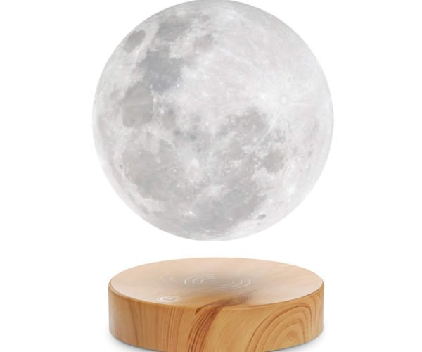 Levitating Moon Lamp: See You on the Light Side of the Moon