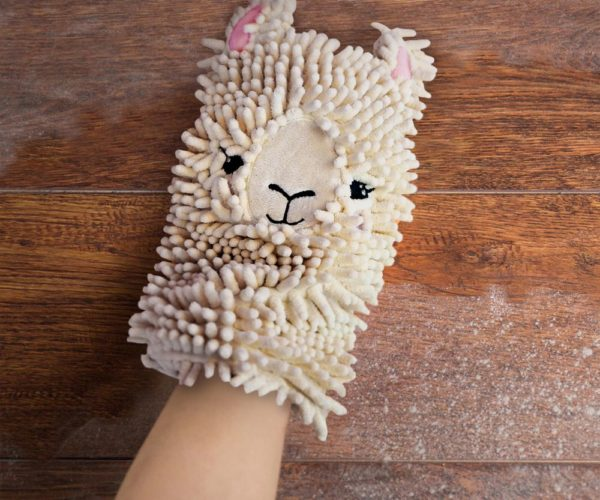 Spit Shine Mitt: Save Your Dust Drama for This Llama