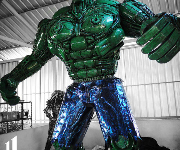 This 10-Foot-High Metal Hulk Is Ready to Smash Somebody's Bank Account