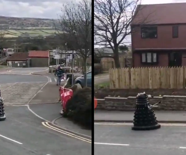 "UK ""Cops"" Use Dalek to Scare People into Isolating"