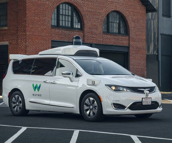 FCA and Waymo Expand Autonomous Driving Technology Partnership