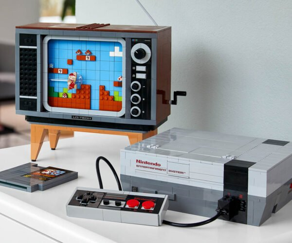 I Need This Official LEGO NES Console in My Life