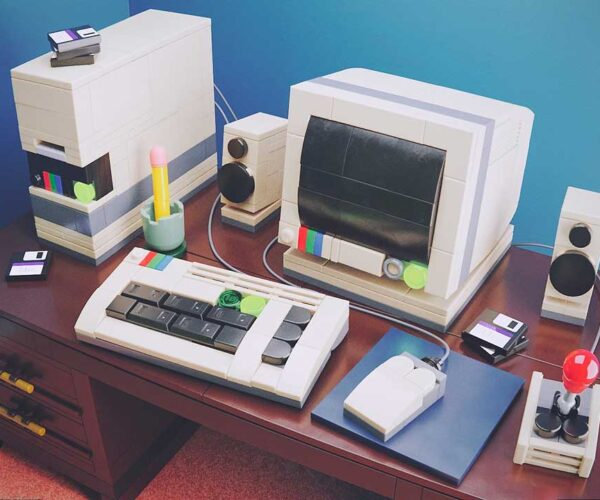 I Wish This Retro PC Model Was an Official LEGO Kit