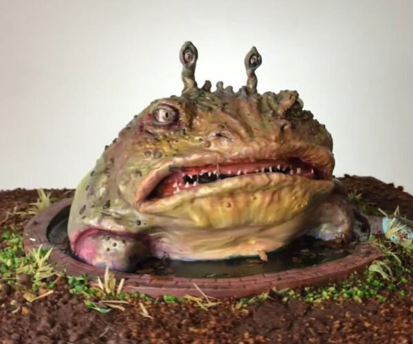 A Realistic Mutated Monster Toad Cake