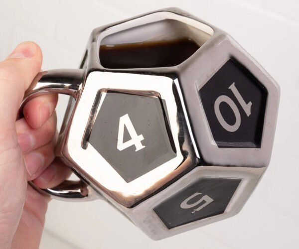 A Dungeons & Dragons D12 Dice Mug: Let The Good Times Roll