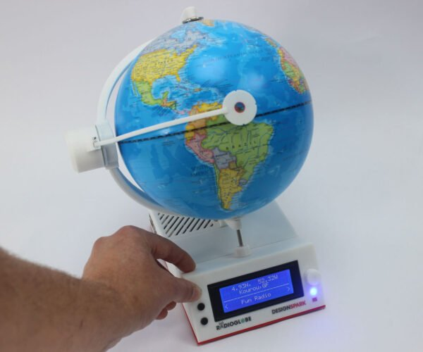 RadioGlobe: Spin This Globe to Listen to 2,000+ World Radio Stations