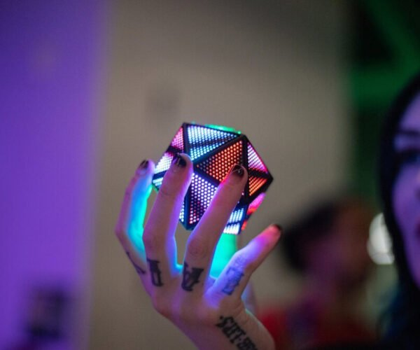 Make Your Own Light-Up D20 with 2,400 LEDs