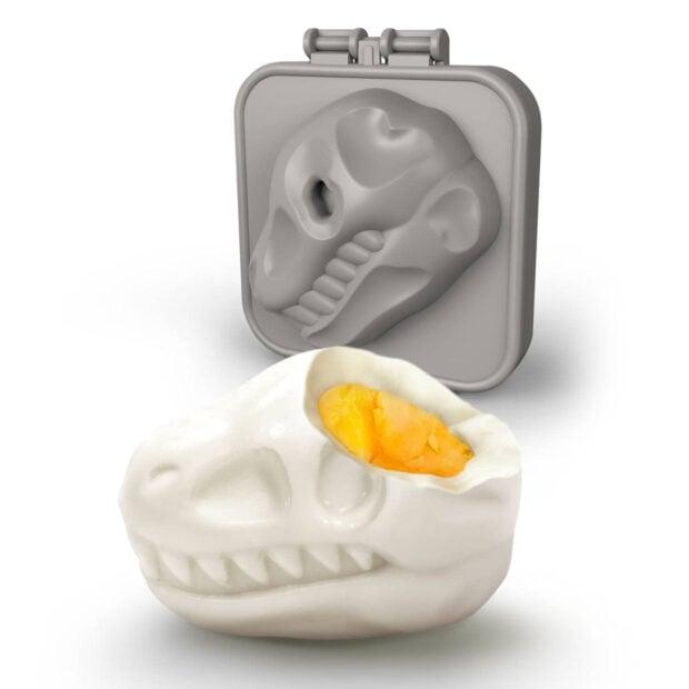 trex skull egg mold 1