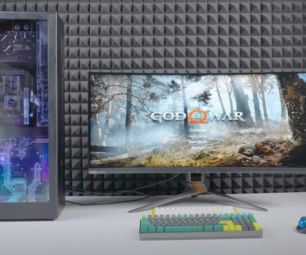 Custom Watercooled Gaming PC Combined with a PS5: Play Everything