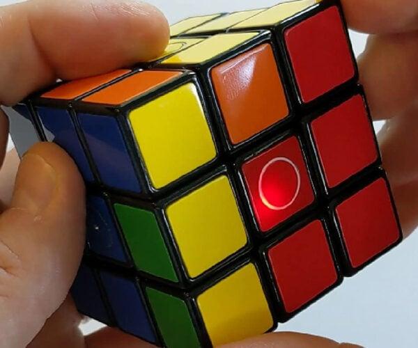Heykube Electronic Puzzle Cube Teaches You How to Solve It: Kompanion Kube