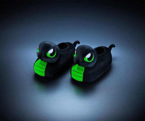 Razer Gaming Gear Sneki Snek Slippers: SSSSSSSSSSS