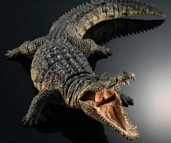 Bandai's Ultra-Realistic Nile Crocodile Model: Looking Toothy