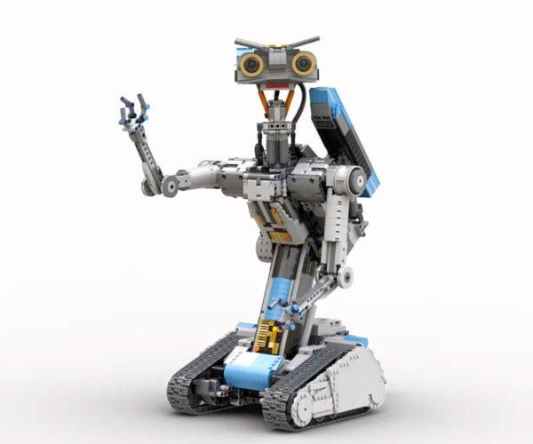 LEGO Ideas Motorized Johnny 5 Is Alive!