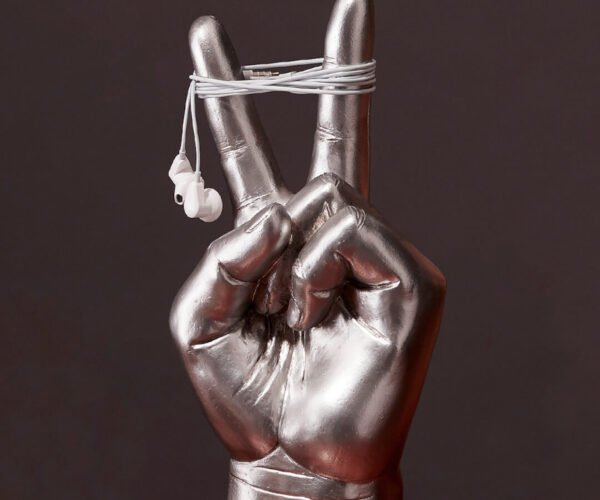 Peace Hand Sign Headphones Holder: Holding a Tune